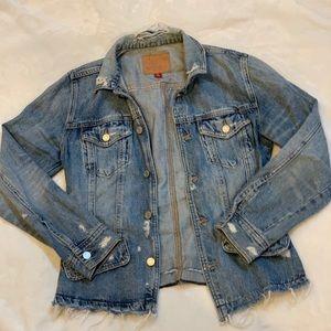 Lucky Brand Jean Jacket!⚜️🔆‼️